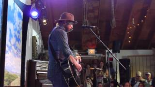 Todd Snider - Happy New Year - Pickathon 2012