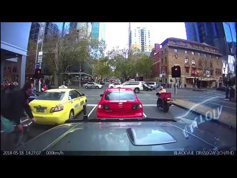 This Month In Dash Cams: Is That Bloke Towing A Mattress?
