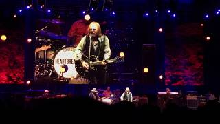 Tom Petty & The Heartbreakers - Crawling Back to You LIVE @ Forest Hills Auditorium NYC 7/26/2017