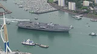 Portsmouth: Neuer britischer Flugzeugträger im Heimathafen angekommen