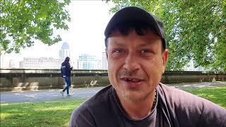 Rafik – bezdomność to wolność, co mnie trzyma? Co mnie goni?