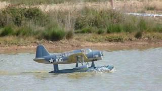 Rencontre hydravions à Monteneuf  -  Les Fous Volants  -  RC Seaplane