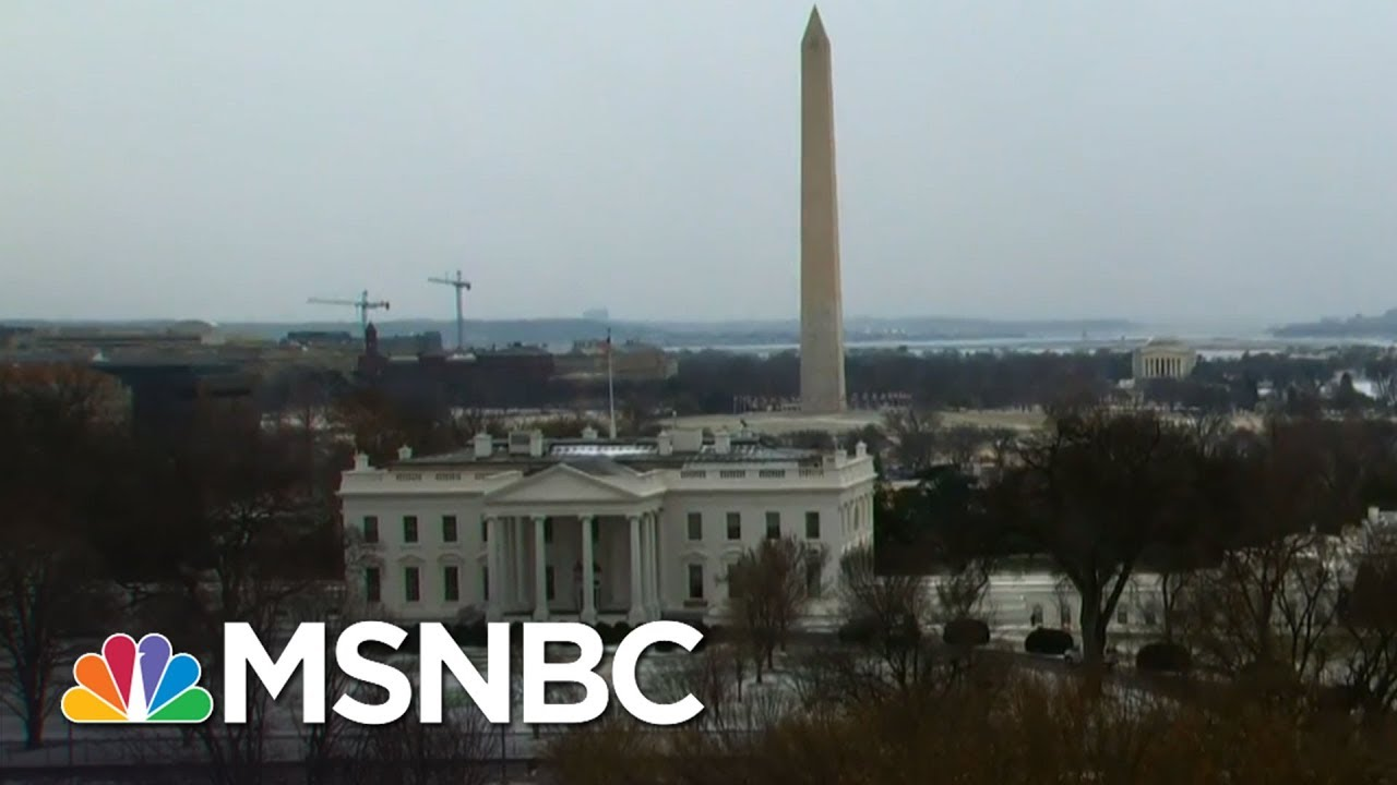 One Inch Of Snow Sends Washington Into A Flurry | MTP Daily | MSNBC thumbnail