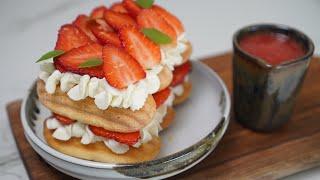 Un tiramisu aux fraises ultra gourmand en 6 ingrédients seulement :)
