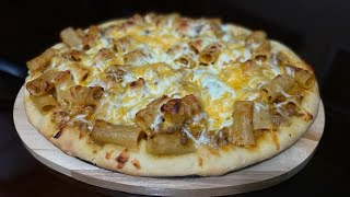 Bolognese Mac and Cheese Pizza