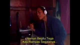 preview picture of video 'lucu dan gokil- uda ape asal solok -cupak'