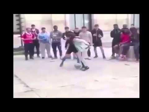 لاعب كرة قدم اراد احراج فتاة في الشارع امام مجموعة من الجماهير .. فكانت المفاجأة !!
