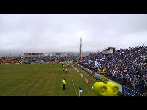 """""""Salida de Final Cartaginés vs Heredia"""" Barra: Fuerza Azul • Club: Cartaginés"""