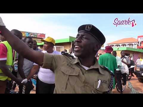 Poliisi n'amagye bakoze bulungi bwa nsi e nabweru