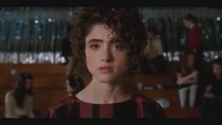 Stranger Things 2: Nancy ask Dustin to dance