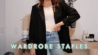 HOW TO BUILD A CAPSULE WARDROBE | closet staples