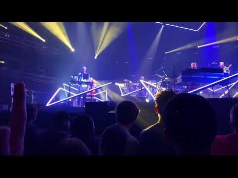 Bon Iver - Live In Utah (HD)