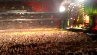 preview picture of video 'Highway To Hell - AC/DC Wembley Stadium - June 26th 2009'