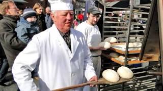 preview picture of video 'Salzbergen Brot backen/ Bake bread/ Brood bakken/ Piec chleb/'