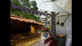 preview picture of video 'Mercado Barroco - Granja de San Ildefonso - Junio 2012.mpg'