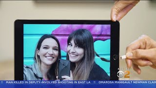 CNET Tech Minute: Turn An Old Tablet Into A Digital Picture Frame