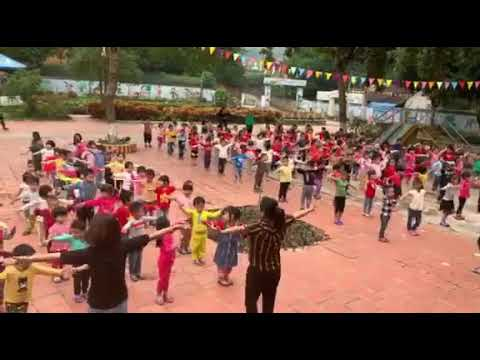 Học sinh Mầm non Thạch Khoán hoạt động thể dục sáng