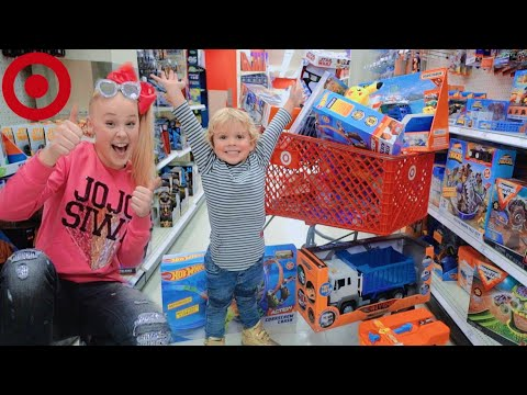 I SURPRISED MY LITTLE BROTHER WITH A SHOPPING SPREE!! (No Budget!)