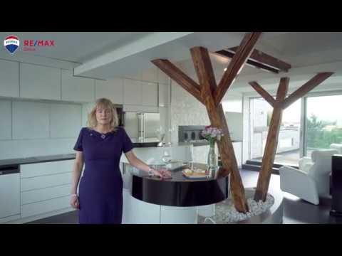 Video z << Prodej luxusního loftového bytu 140 m2 s terasou, Brno-Černovice >>
