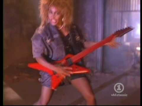 Звезда № 75 Tina Turner - One of the Living
