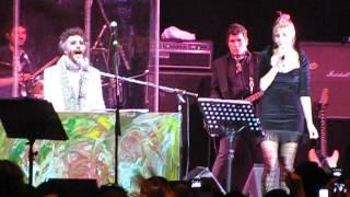 Fito Páez y Fabiana Cantilo - Brillante Sobre el Mic (Santiago-Chile 2010)