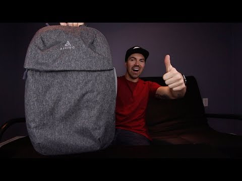 Worlds Best Travel Bag Mini – Arcido Saxon Review
