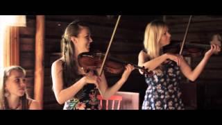 Valma & VarsiNaiset - Äiti (Official Music Video)