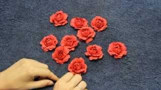 Как сделать розу из бумаги с помощью ложки