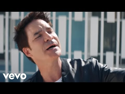 Train – Call Me Sir (Official Video) ft. Cam, Travie McCoy