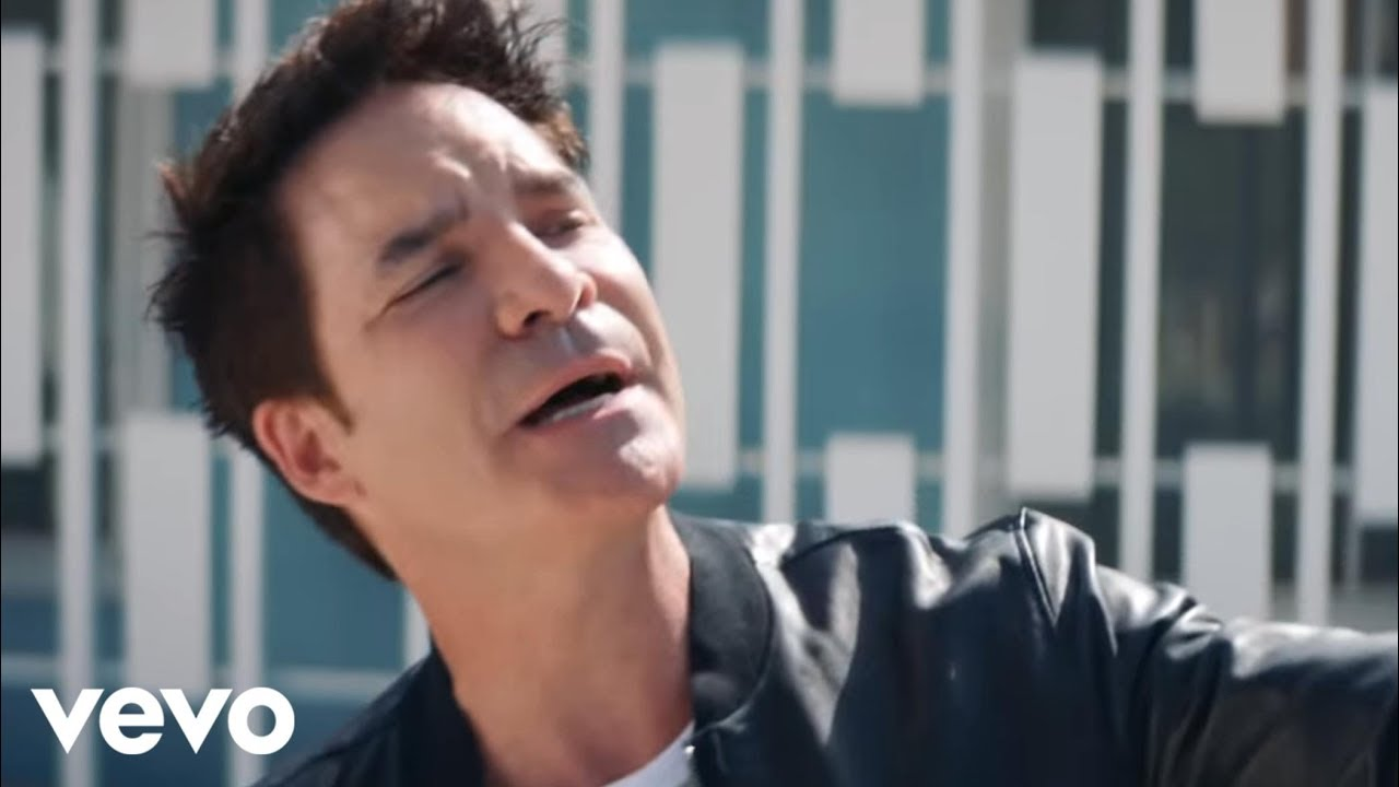 Train ft. Cam, Travie McCoy — Call Me Sir