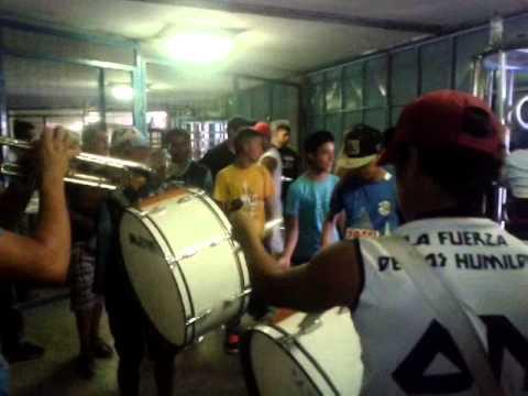 """""""La Banda Celeste (8) Oleaje Norte!"""" Barra: Oleaje Norte • Club: Manta"""