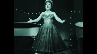 ETHEL MERMAN - THEY SAY IT'S WONDERFUL, THERE'S NO BUSINESS LIKE SHOW BUSINESS (ANNIE GET YOUR GUN)