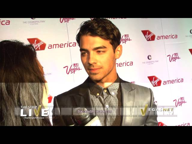 Joe Jonas (showcase)