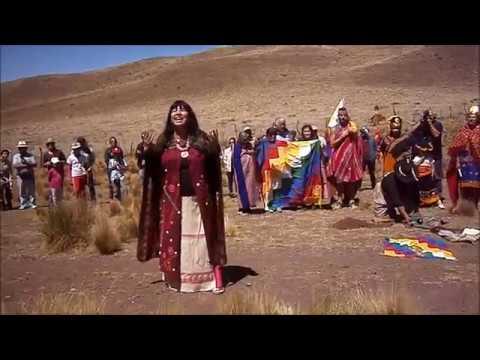 """Video: Ceremonia ancestral por la liberación para del cóndor """"Qespisqan"""""""
