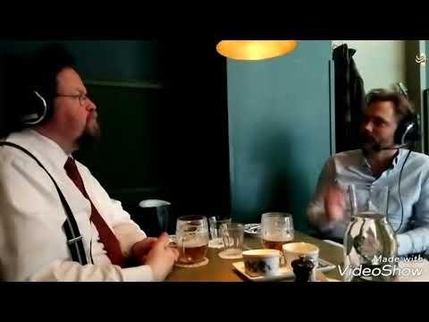 Schnitzel och pilsner – Edward Blom & Mats Ryd spelar in ett avsnitt av deras podd från Bar Central