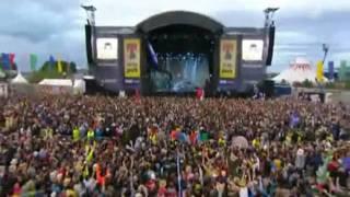 Arctic Monkeys - Brianstorm [Live T In The Park Festival] HQ