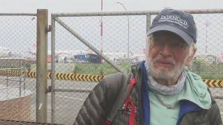 75-year-old Chicago man becomes oldest American to scale Mount Everest