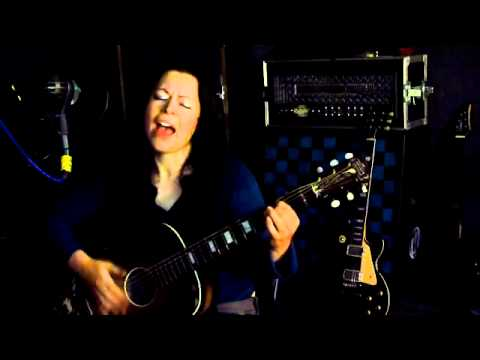 The Trees They Do Grow High - Old Folk Traditional song (acoustic guitar with Lyrics) Kee Smith