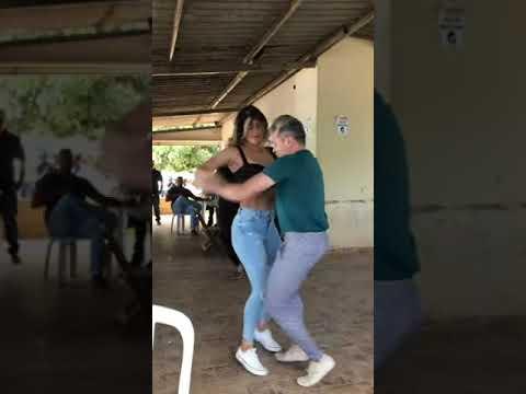 Casal dançando - foi so um story um  storyzim