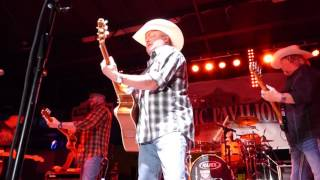 What A Way To Live (live) - Mark Chesnutt