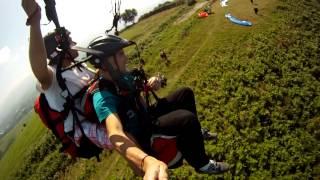preview picture of video 'Airebolaza parapente biplaza (Zarautz)'