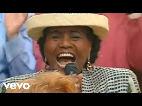 I am So Glad Jesus Lifted Me - Walking with the King - Medley