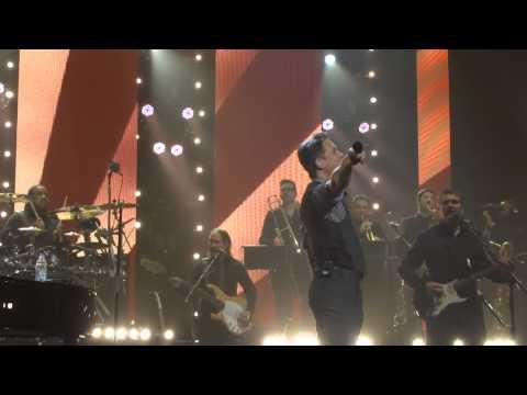 Gary Barlow & Mark Owen - O2 Apollo Manchester - Shine (06.12.12).mp4