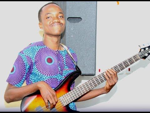 How to play/create bass grooves (worship medley, raggae & Praise medley) gor locan Gh songs