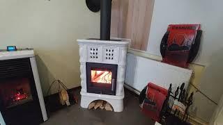 Каминная печь Haas+Sohn Treviso ( коричневая ) с водяным контуром кафельная ножка ( кафельная печь , каминофен ) від компанії House heat - відео