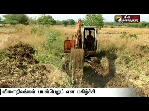 Desilting-and-strengthening-of-banks-of-irrigational-canal-at-Kizhvelloor-Nagapattinam