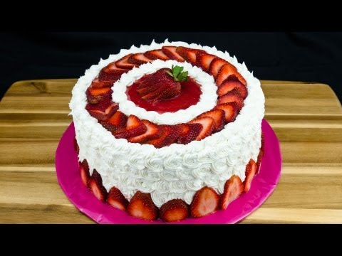 Video Strawberry Cake Recipe: How to Make Strawberry Cake by Cookies Cupcakes and Cardio