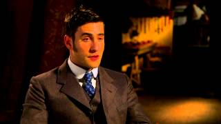 "Сериал ""Дракула"", Dracula (NBC): Oliver Jackson-Cohen ""Jonathan Harker"" Official TV Interview"