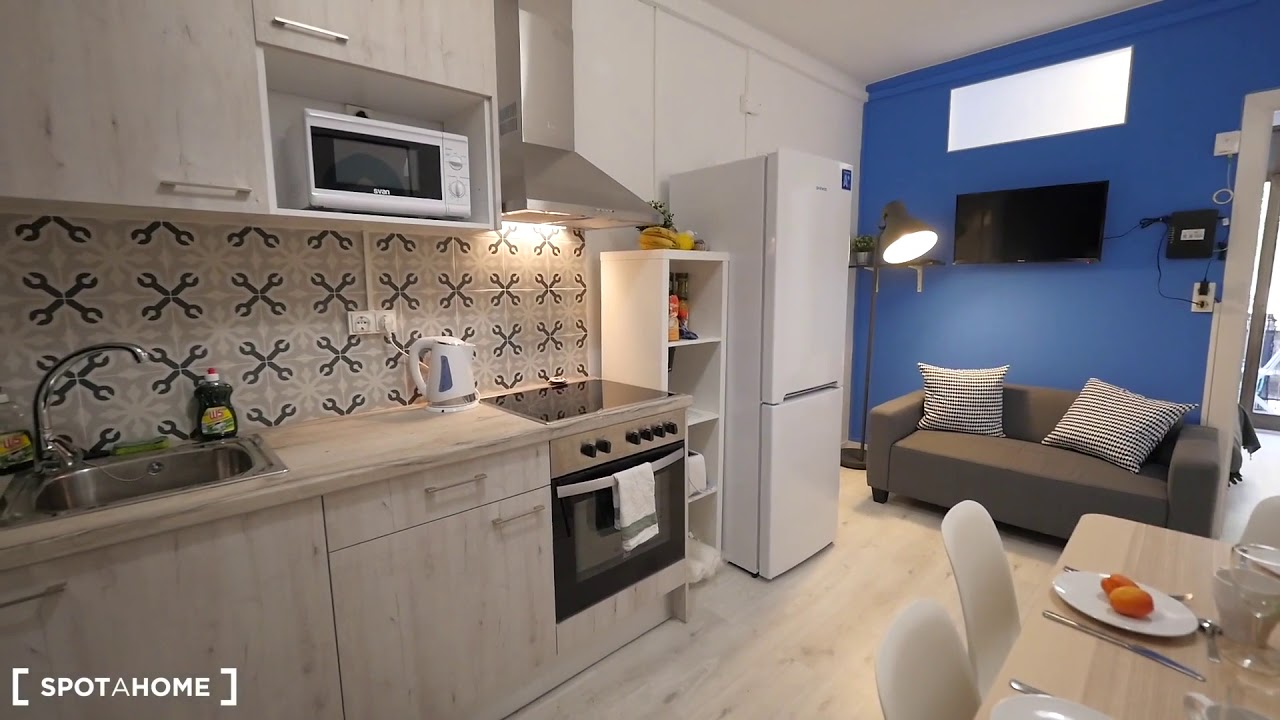 Single Bed In Rooms For Rent In Stylish  Bedroom Apartment In Sant Marti