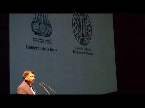 El embajador de la India en México, Shri Muktesh K. Pardeshi
